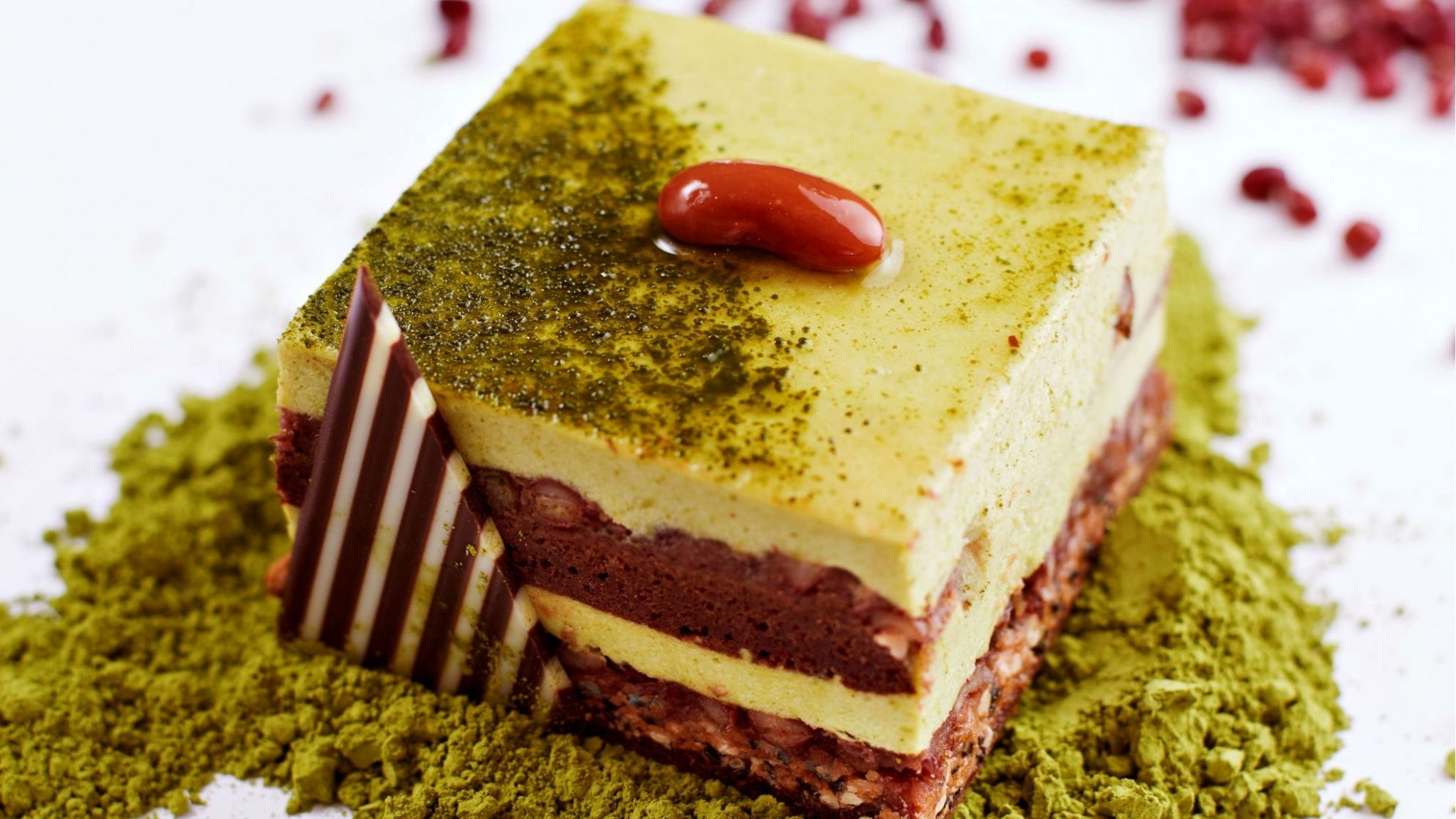 ArtCacao-Green-Tea-Matcha-Mousse-Cake-with-Red-Bean